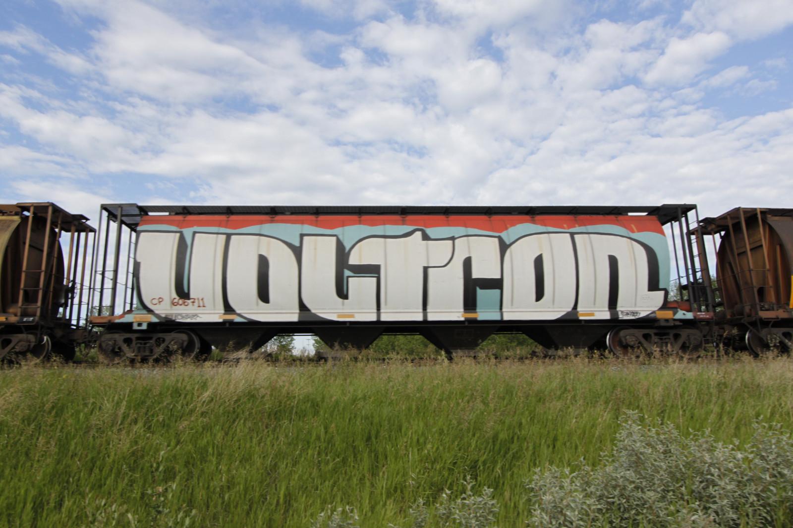 Masaustu Manzara Araba Ot Gokyuzu Arac Tren Celik Duvar