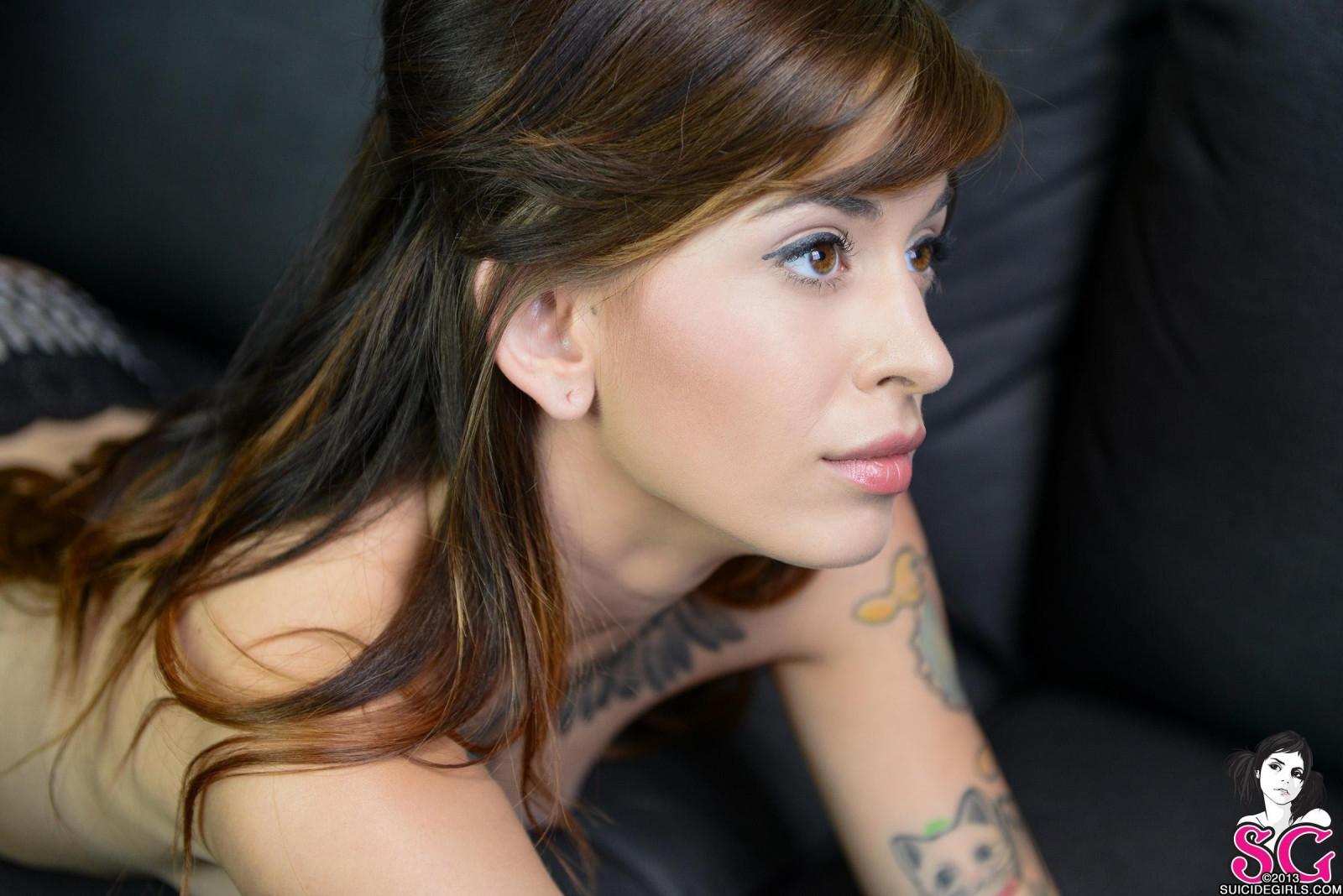 Wallpaper  Face, Women, Model, Long Hair, Brunette -7938
