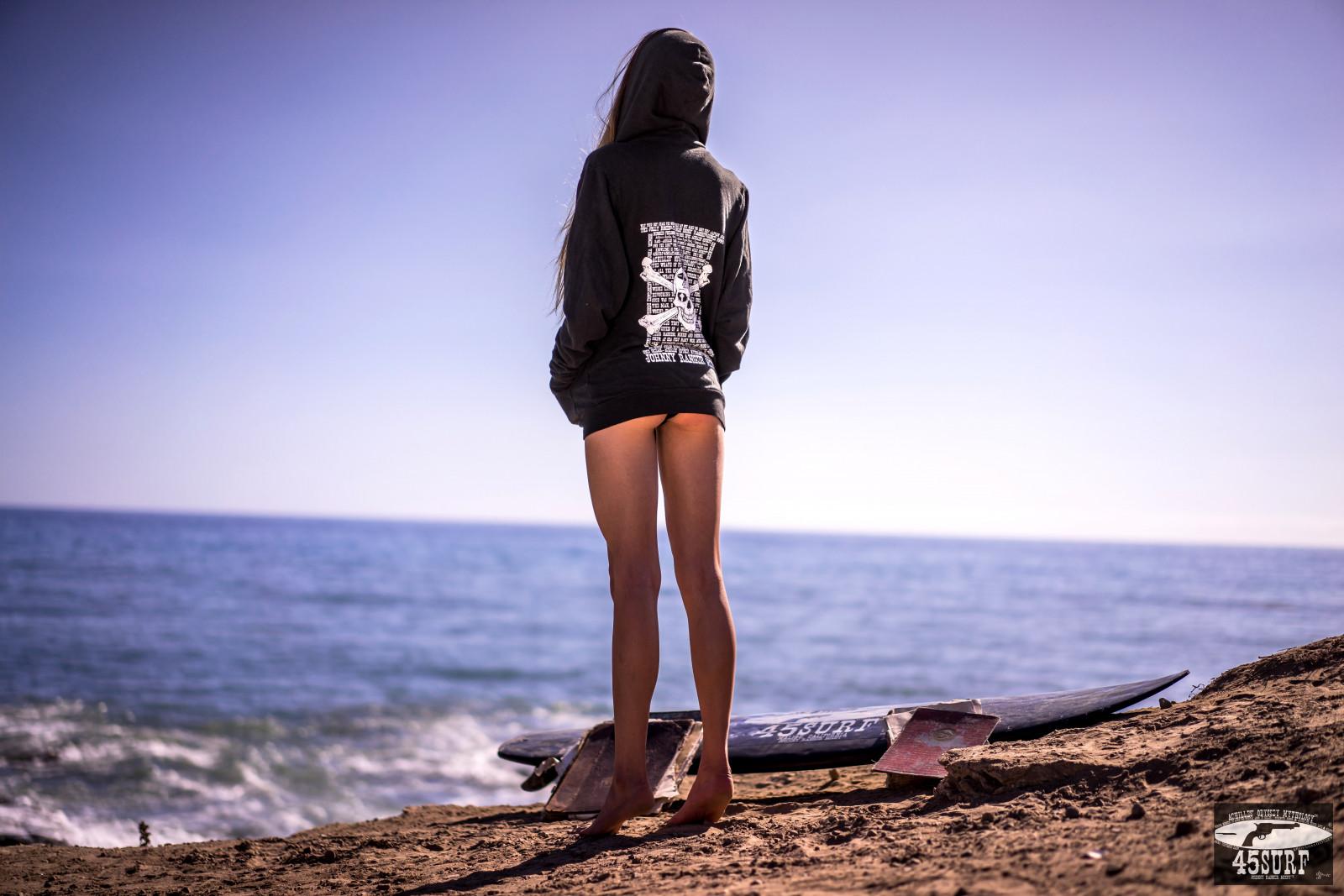 Wallpaper : sunlight, women outdoors, sea, sand, brunette
