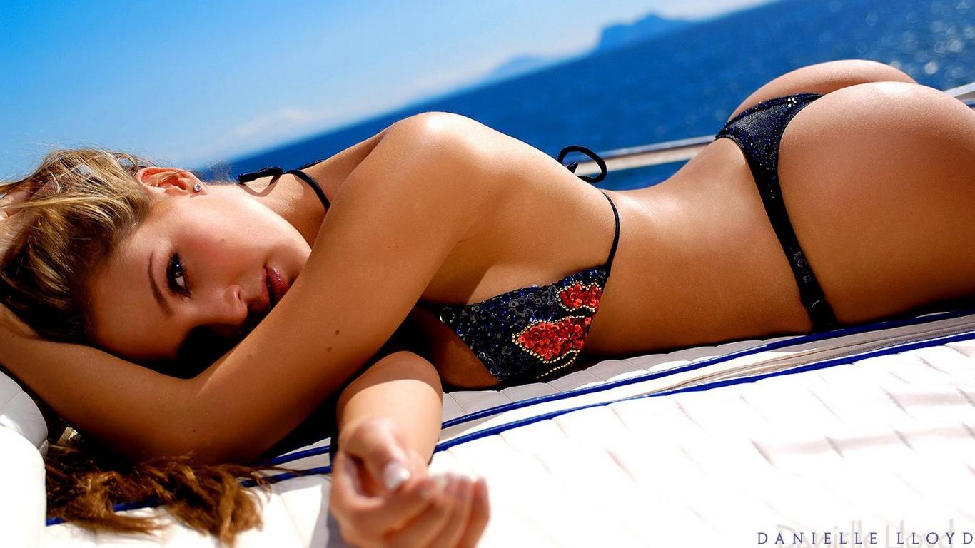 Best bikini free simpson