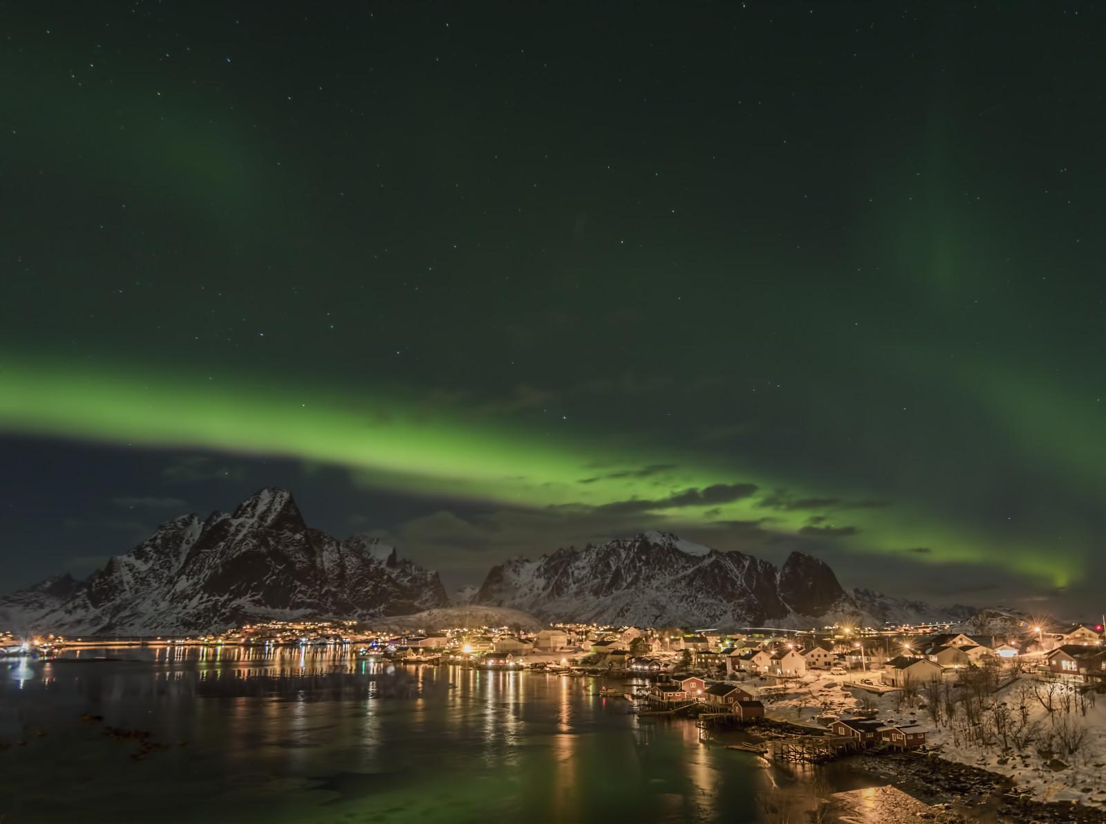 Sfondi aurora boreale aurorascape aurorastorm for Sfondi aurora boreale