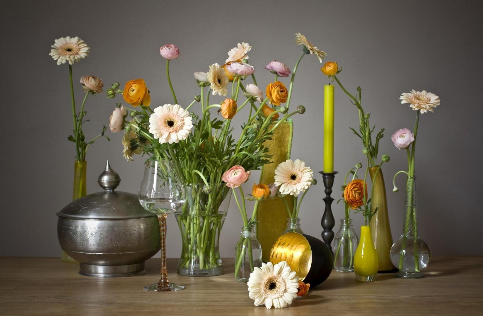 Картинки на ватсап цветы в необычных вазах, сделать