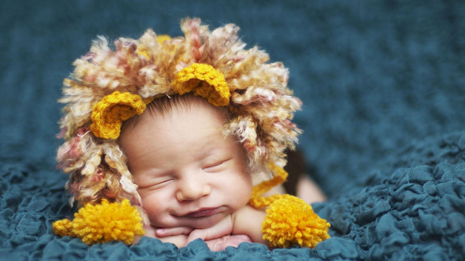Фото рыжего ребенка новорожденного