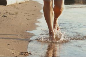 витаминосодержащие лекарственные бежит вода с ноги узнать толкование снов