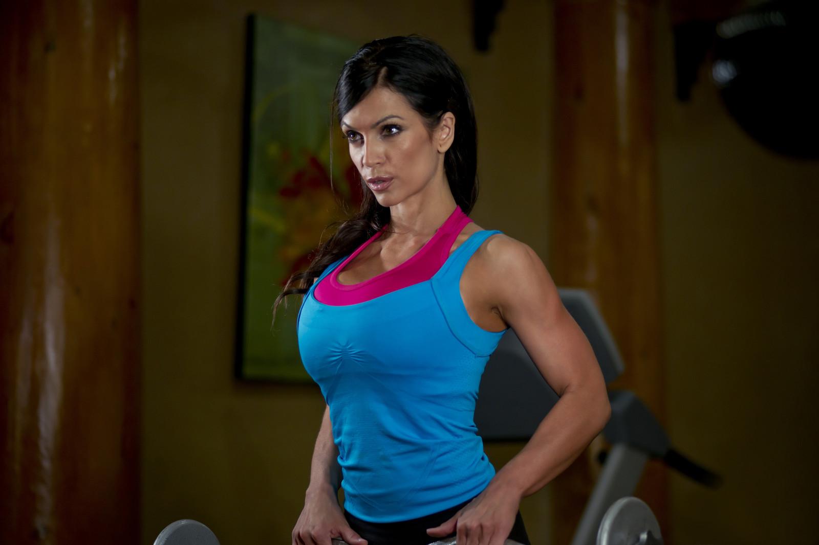 Denise Milani Workout Wallpaper : sports, mo...