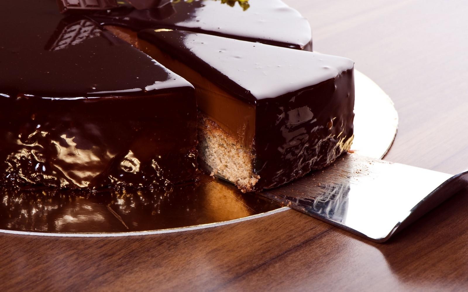 Шоколадная глазурь на кекс