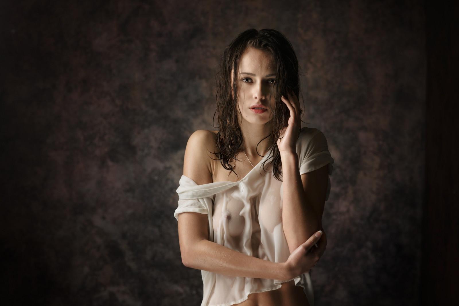 Nn girl see through shirt