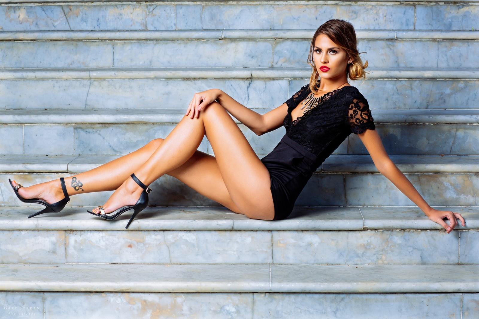 Шикарные ножки моделей, фото девушек в прозрачном без трусиков