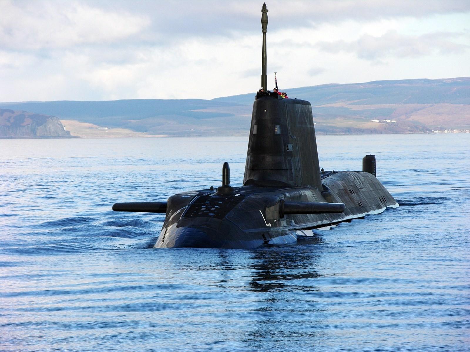 как картинки и фото подводных лодок же