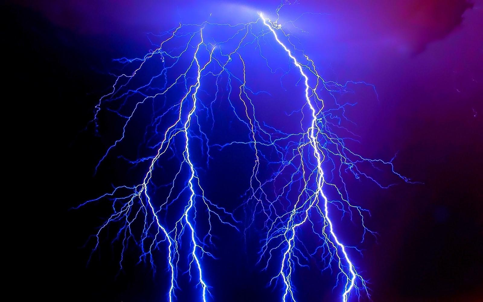 https://c.wallhere.com/photos/54/e6/lightning_electricity_category_elements_danger_night_lines_patterns-676803.jpg!d