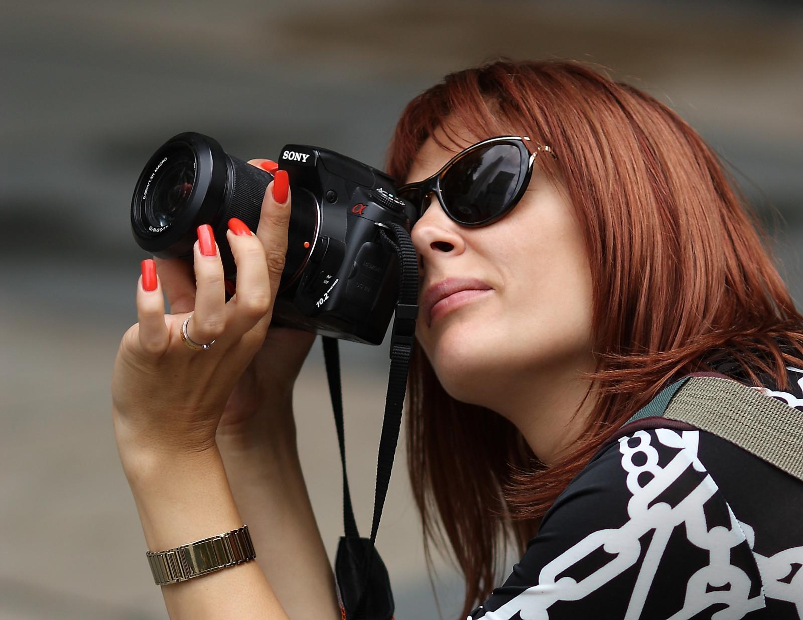 Молодые модные фотографы балерина