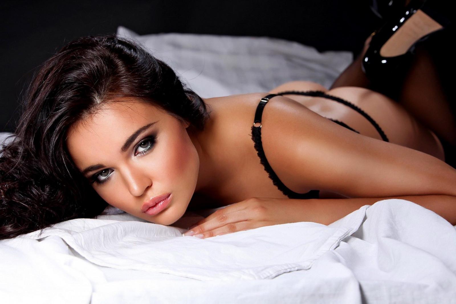 Телки самые сексуальные, Порно видео с красивыми и миловидными девушками 13 фотография