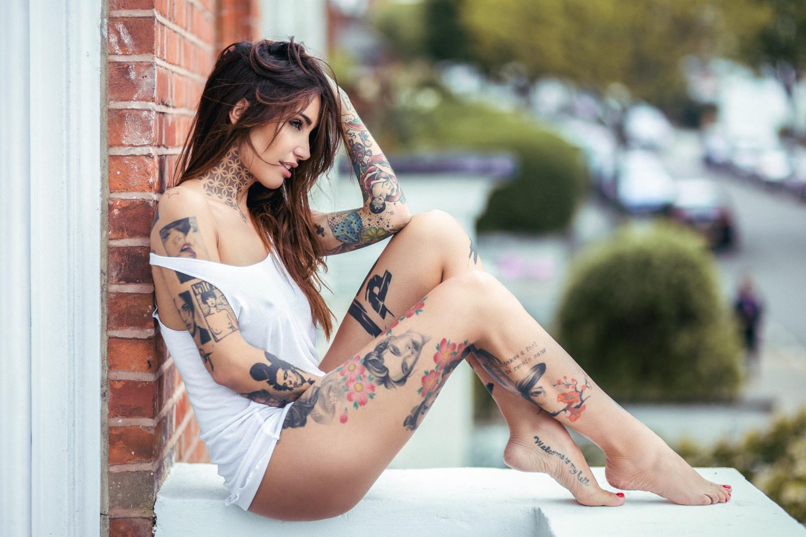 Sexy non nude tattood teens — photo 6