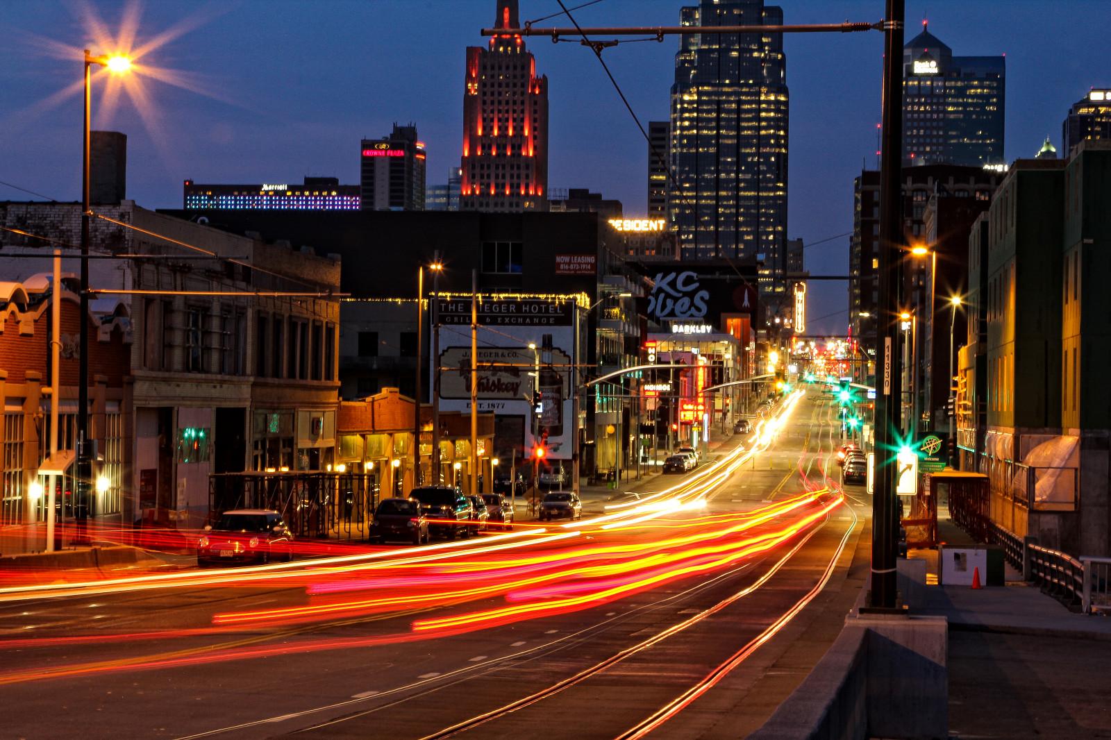 hintergrundbilder beleuchtung sonnenuntergang stadt stra e stadtbild nacht neon auto. Black Bedroom Furniture Sets. Home Design Ideas