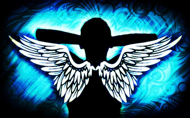 Картинка человека с крыльями на синем фоне