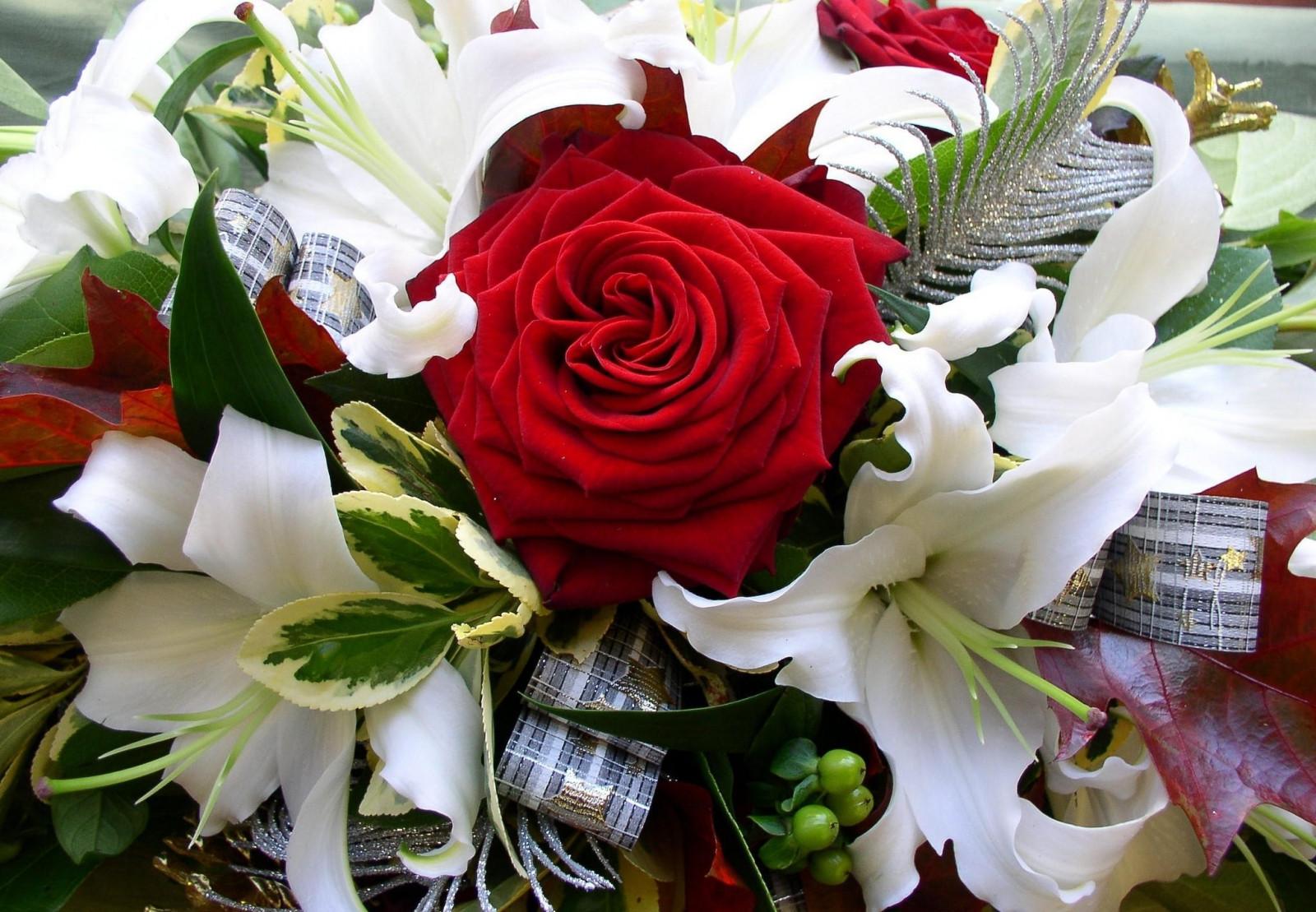 Надписью, открытки с днем рождения с лилиями и розами