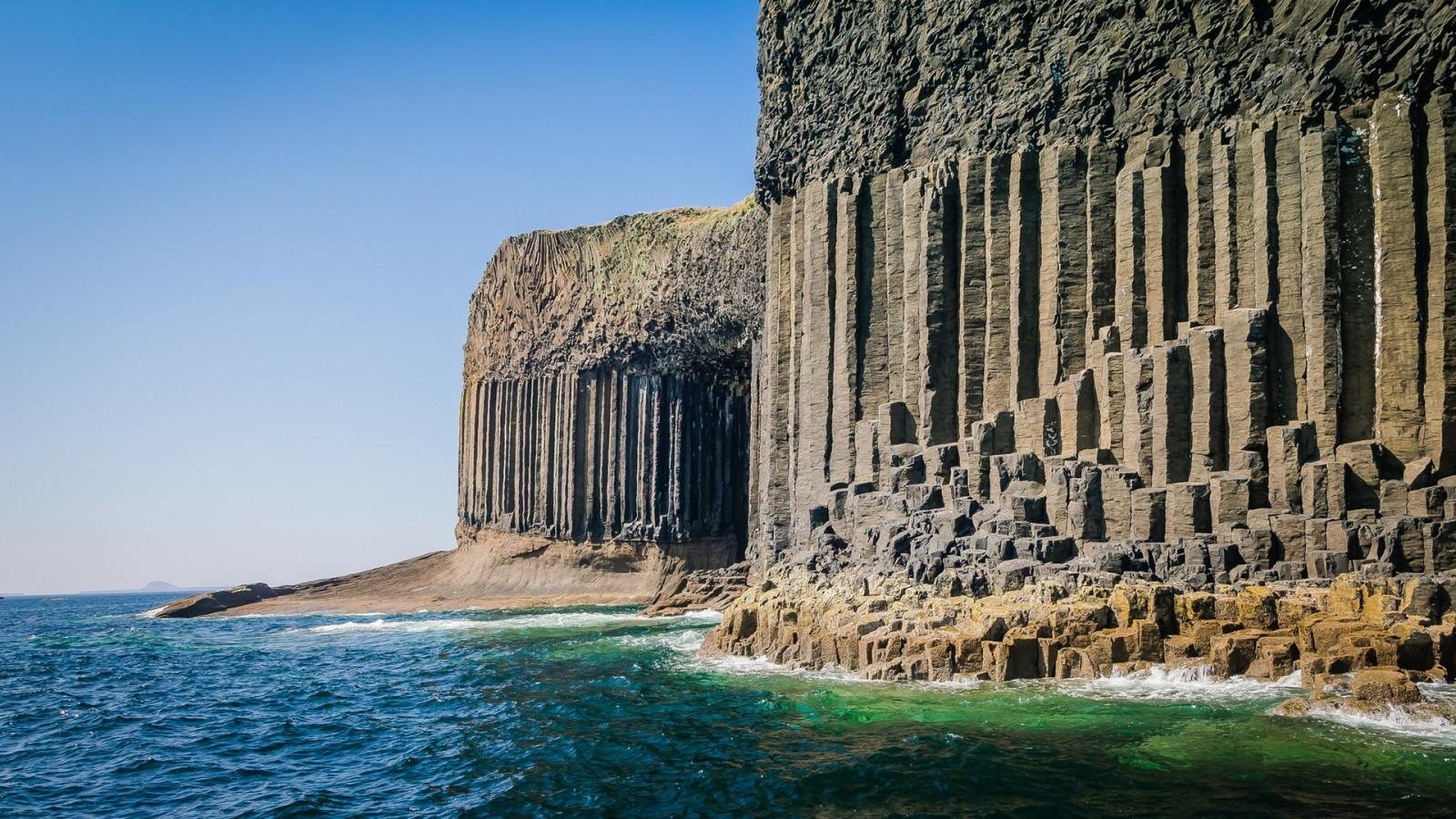 海, 岩, 自然, ビーチ, スコットランド, 海岸, 崖, 侵食, 柱, イギリス, 遺跡, 岩の形成, 形成, スタッファ島, 地形, ランドマーク, 古代の歴史, 考古学的なサイト