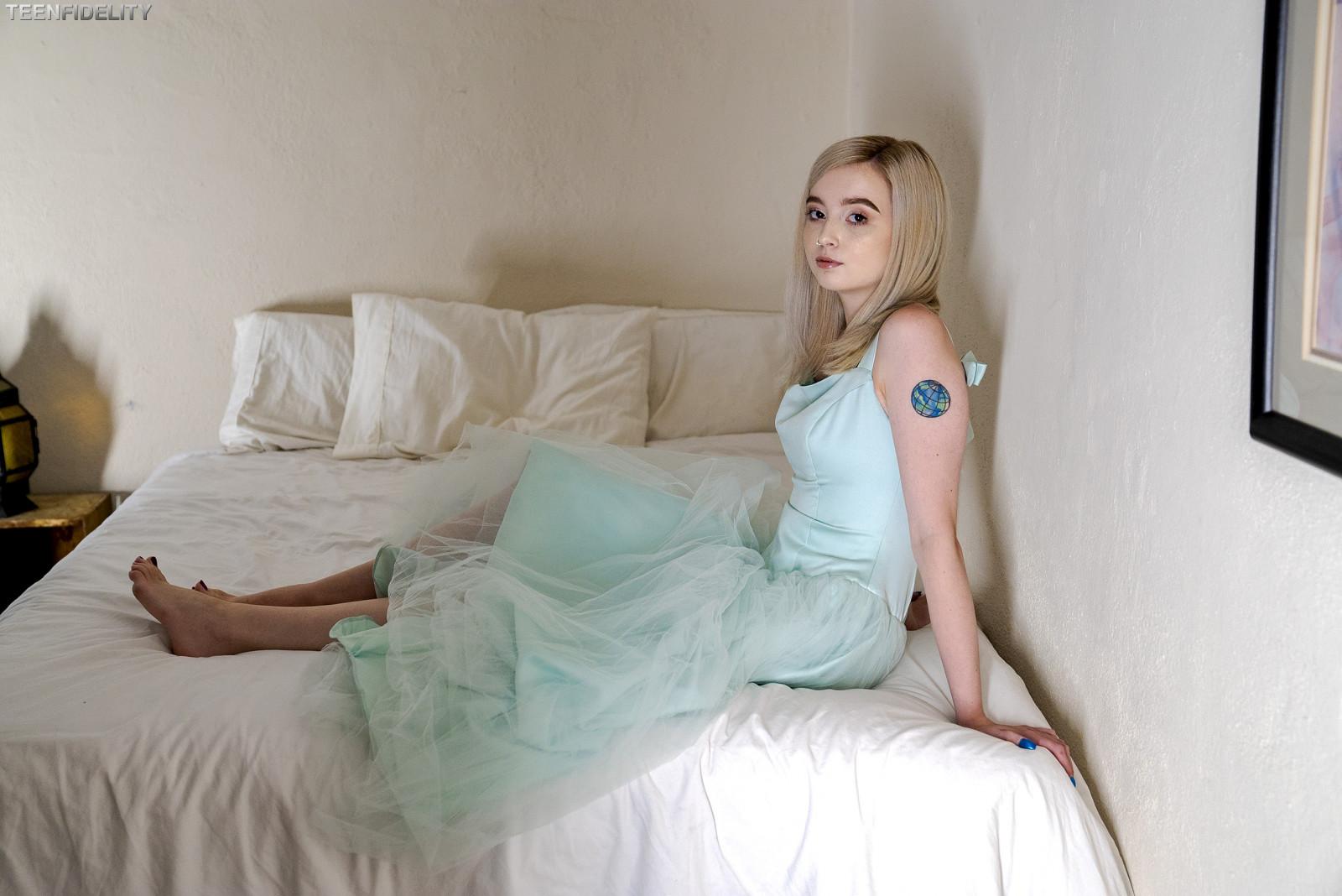 Wallpaper  Women, Blonde, Lexi Lore, Pornfidelity Network -7037