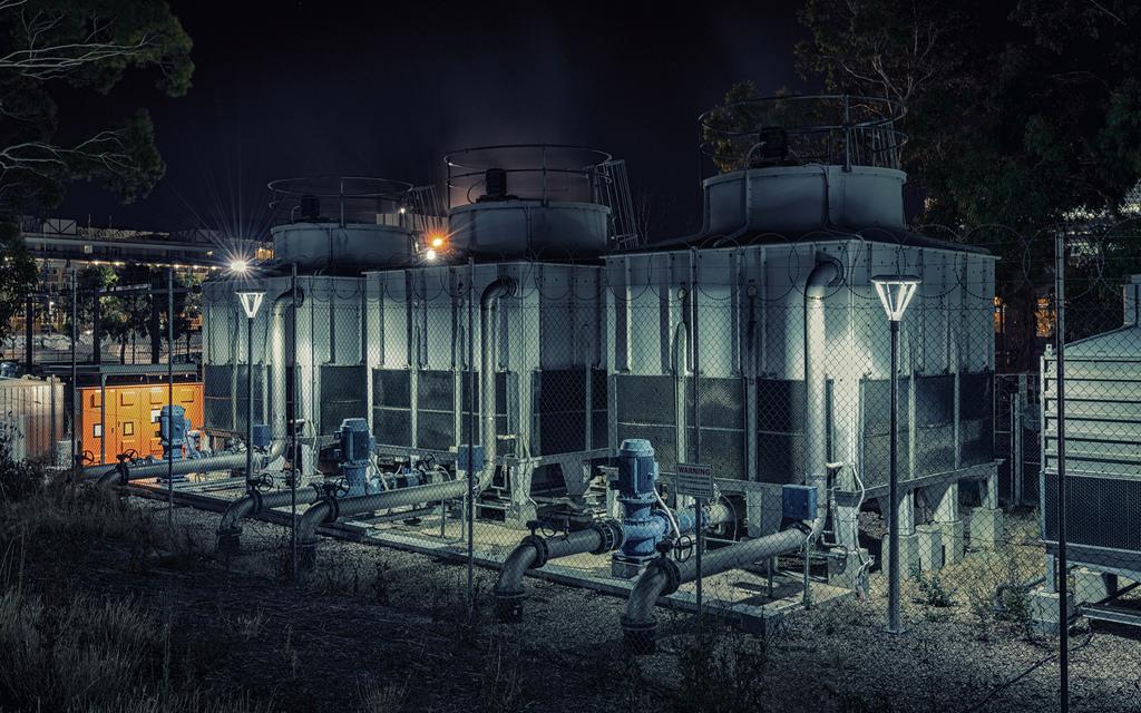 Nacht  Die Architektur Baum Industrie Dunkelheit Abend Gebäude Himmel Haus  Metropole Wasser Fassade Elektrizität Stadt