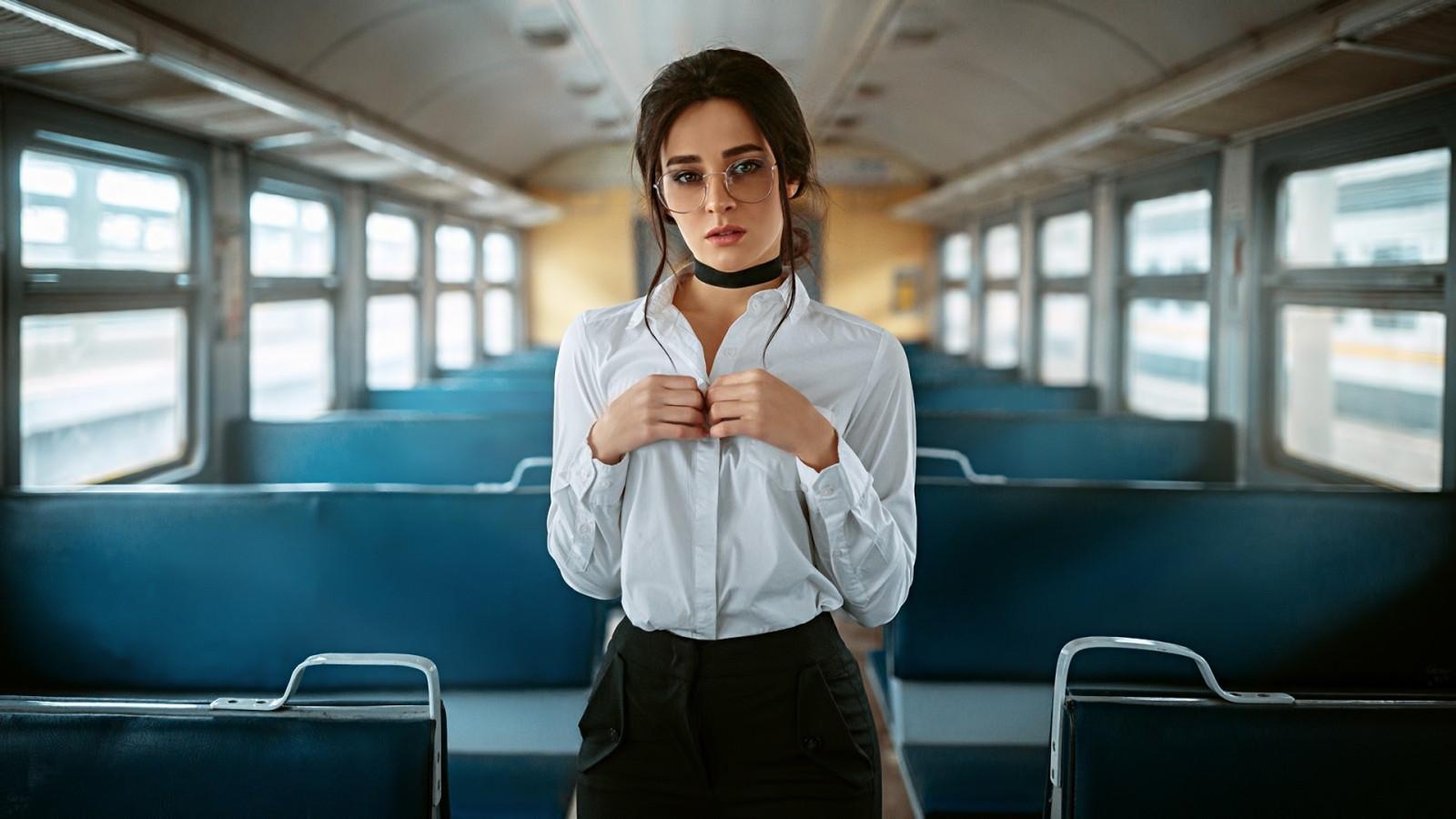 красивые девушки в автобусе фото моя
