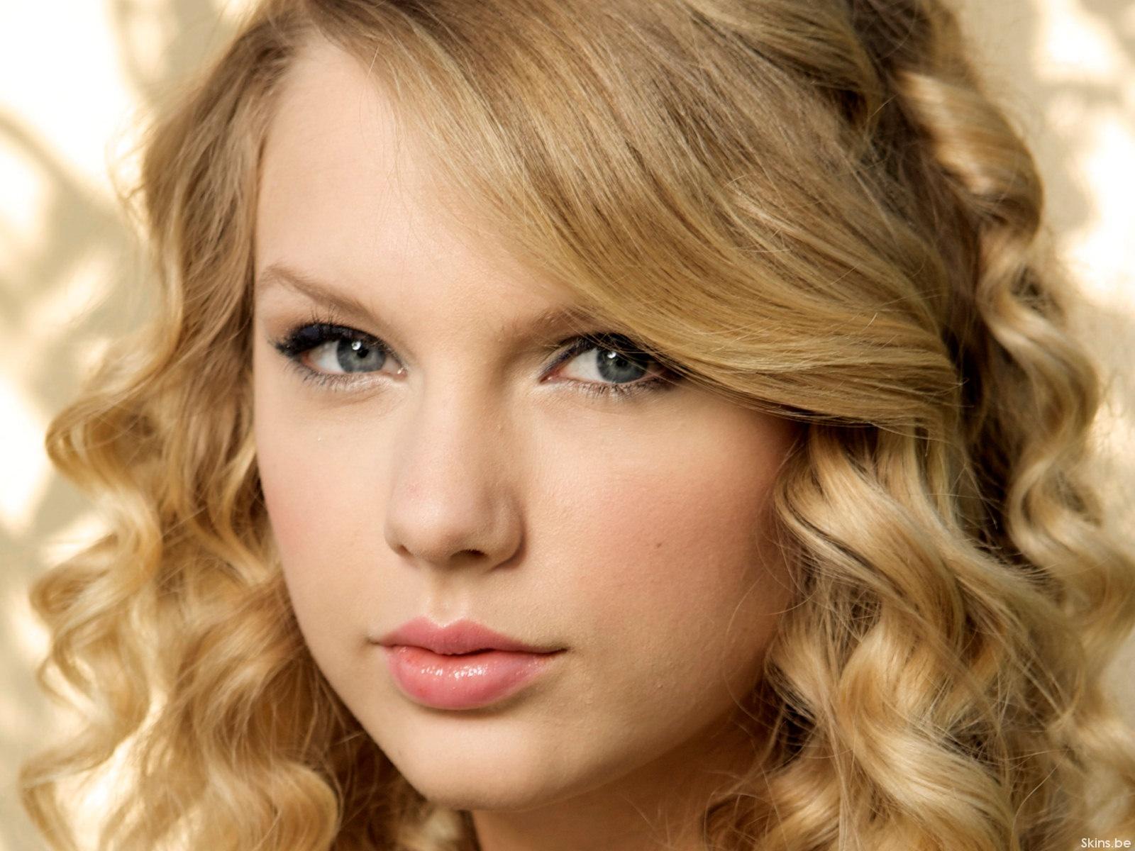 Hintergrundbilder Gesicht Augenbraue Blond Schönheit Haut