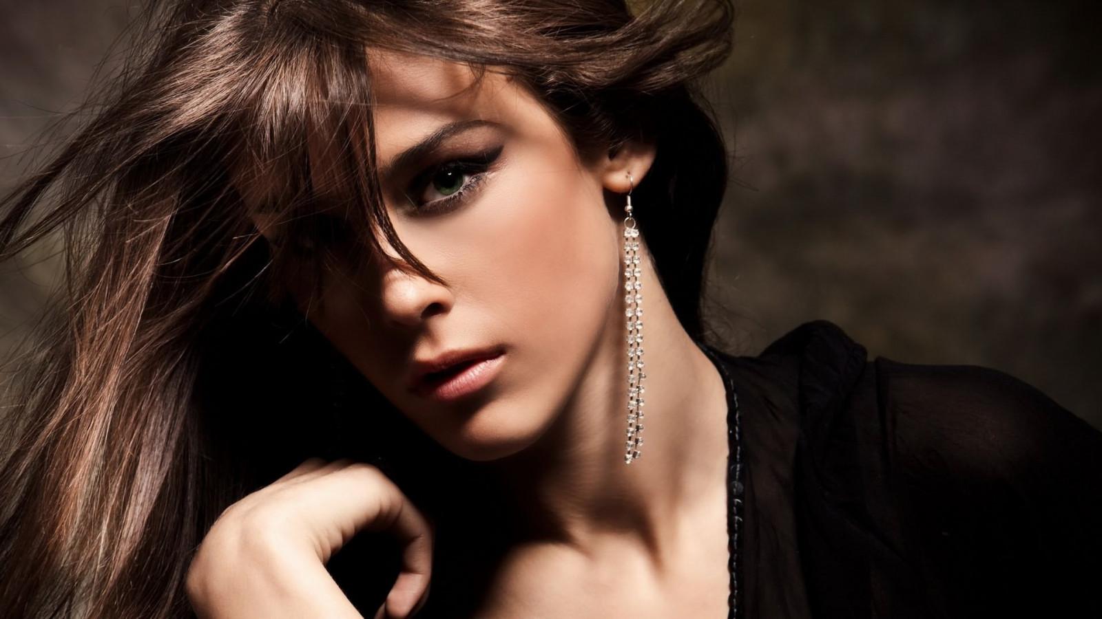 Black Fashion Trends, Latest Black Outfit Idea Style Black hair fashion models