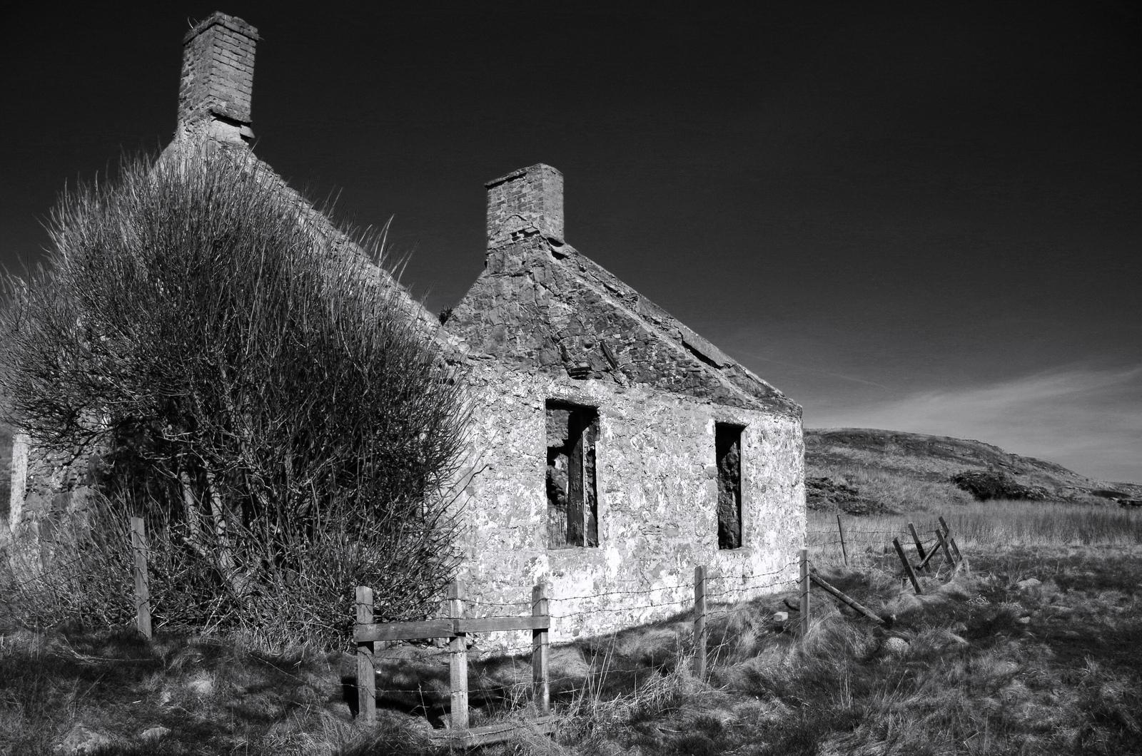 Maison Noir Et Blanc : fond d 39 cran paysage monochrome b timent se ruiner ciel la photographie cosse maison ~ Nature-et-papiers.com Idées de Décoration