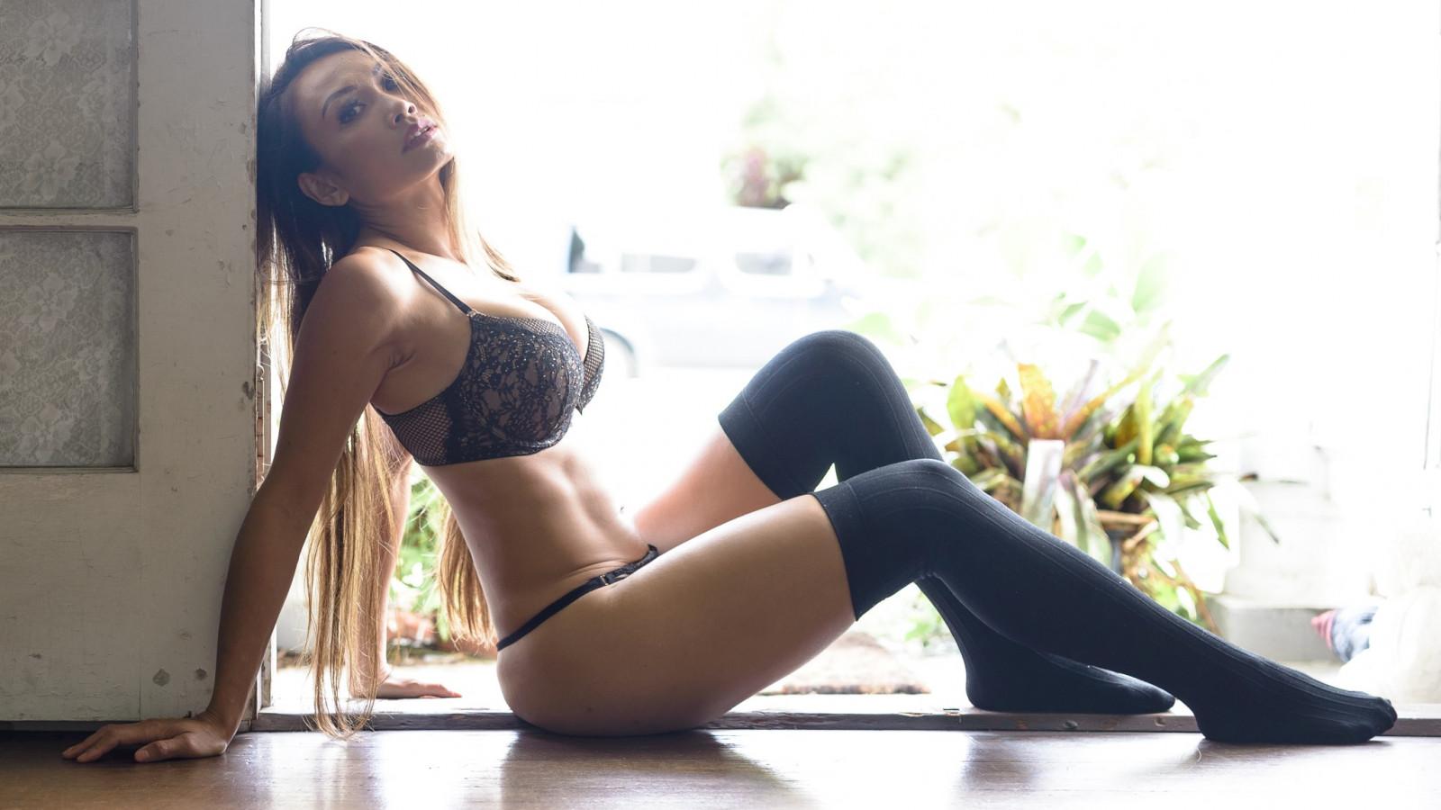 Black Stockings Porn Videos