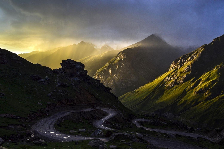 Fantastic Wallpaper Mountain Rain - photography_nature_landscape_mountains_sunset_dirt_road_grass_clouds-19698  You Should Have_557873.jpg!d