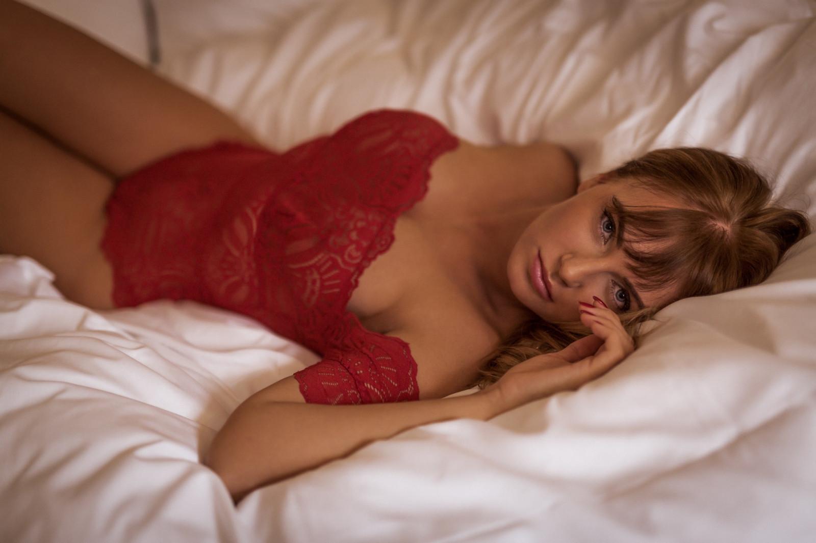 крупный план женщин спящих голыми когда-нибудь