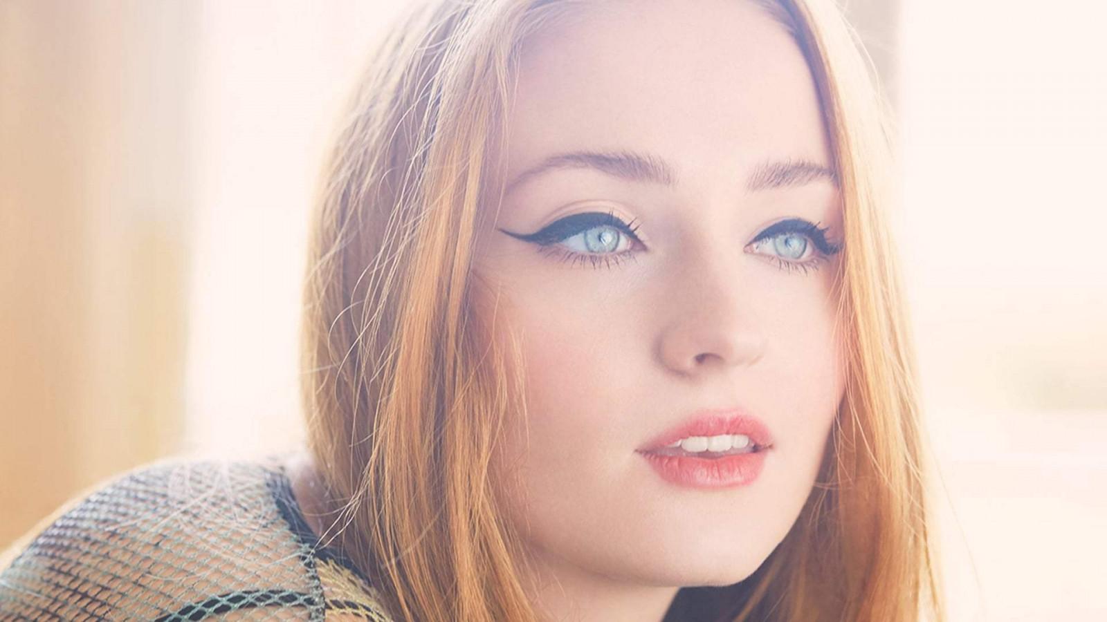 Red Lipstick Brown Hair Blue Eyes: Wallpaper : Face, Women, Redhead, Model, Long Hair, Blue