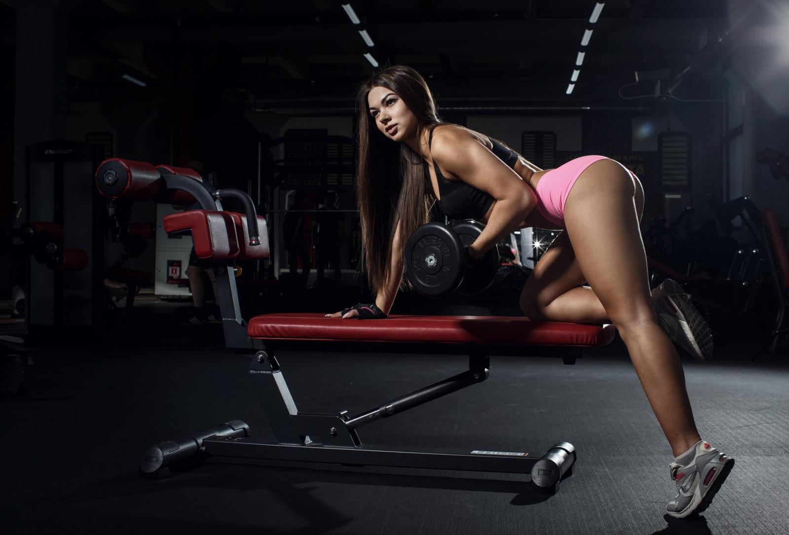 Клип три девушки в спортзале 2