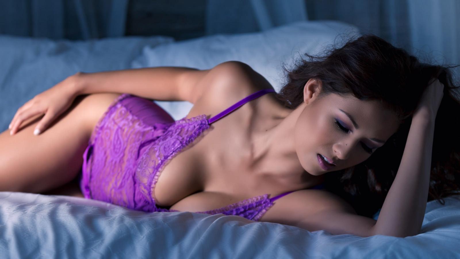Спит hd gjhyj, Порно со спящими девушками 12 фотография