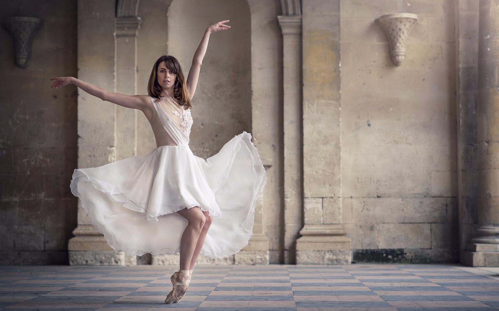 Танцы картинки красивые девушки