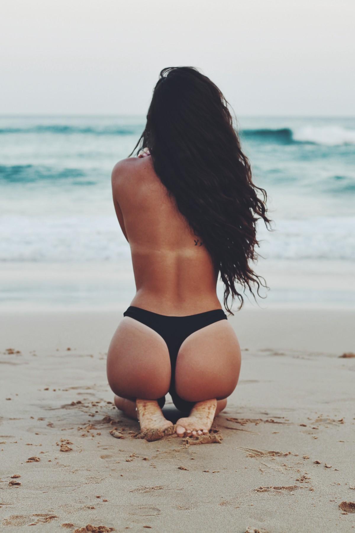 убедиться фото девушек в бикини с каре вид сзади вие наистина карате