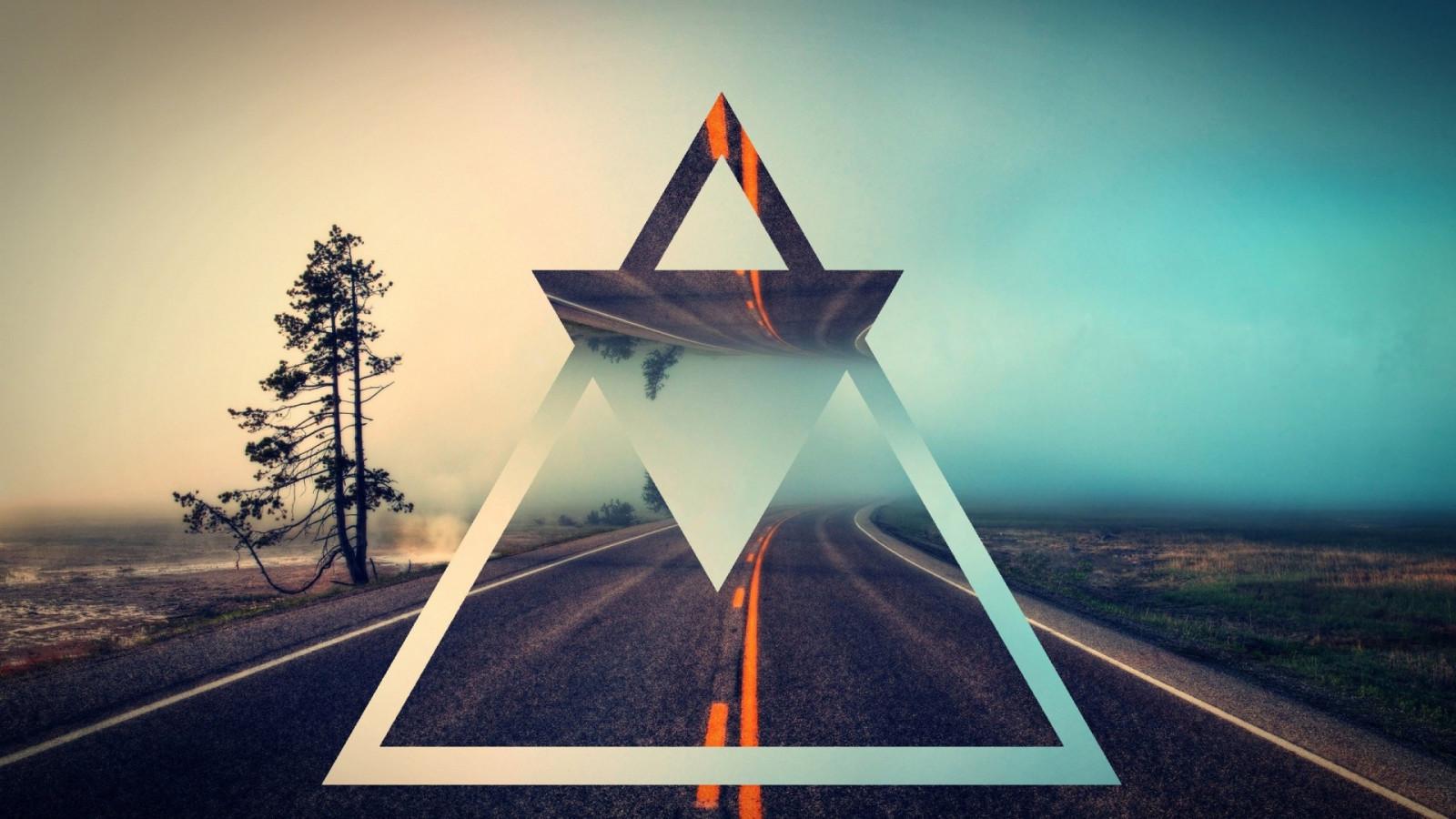 картинки с треугольниками и крестами что-то нам