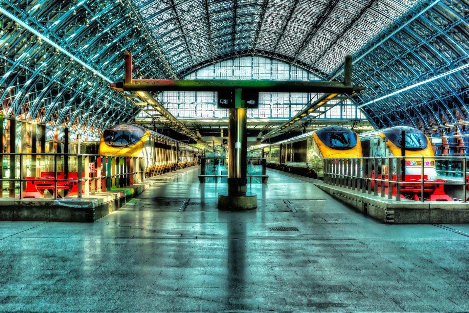ผลการค้นหารูปภาพสำหรับ london train hdr