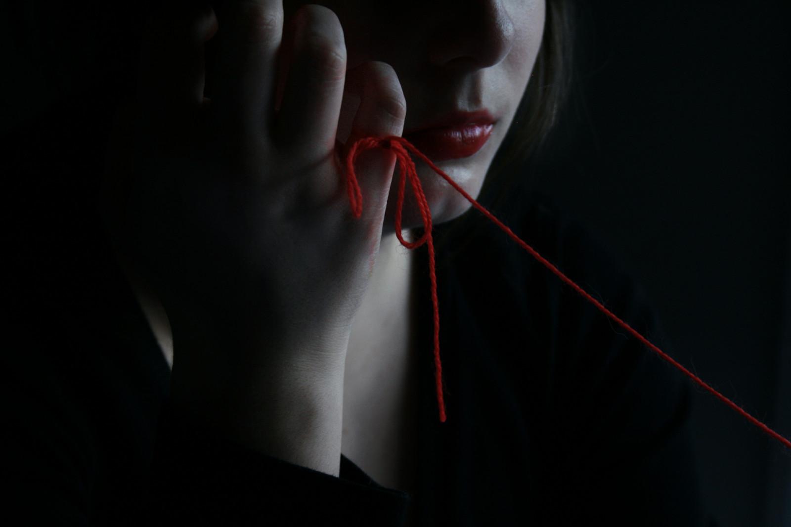 них губы в темноте картинки можете отвергать