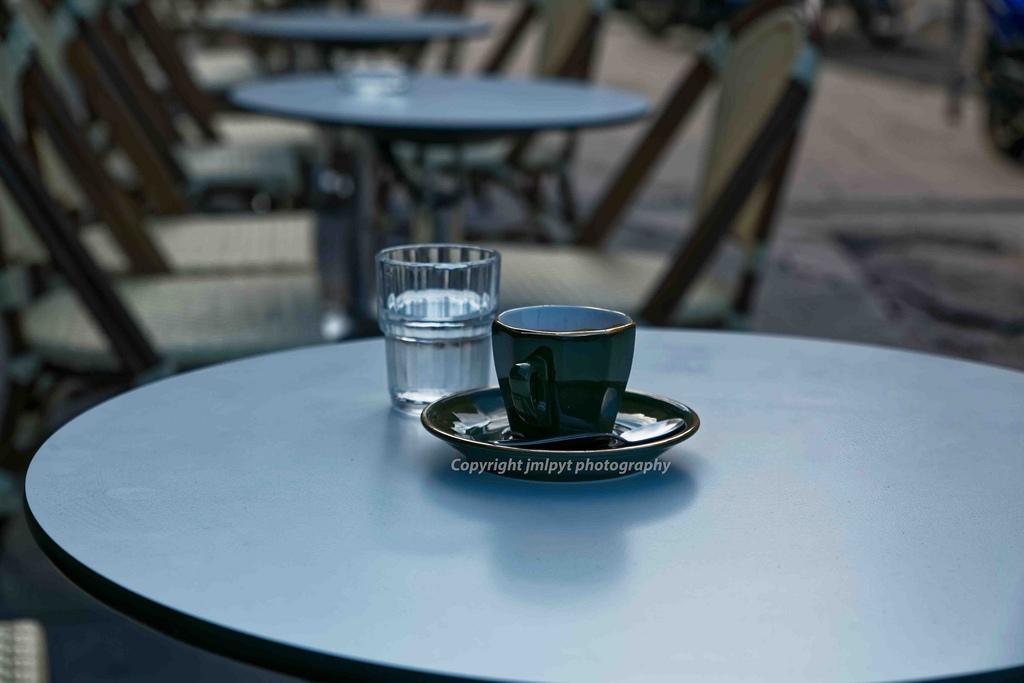 Fondos de pantalla : calle, agua, al aire libre, mesa, café, silla ...