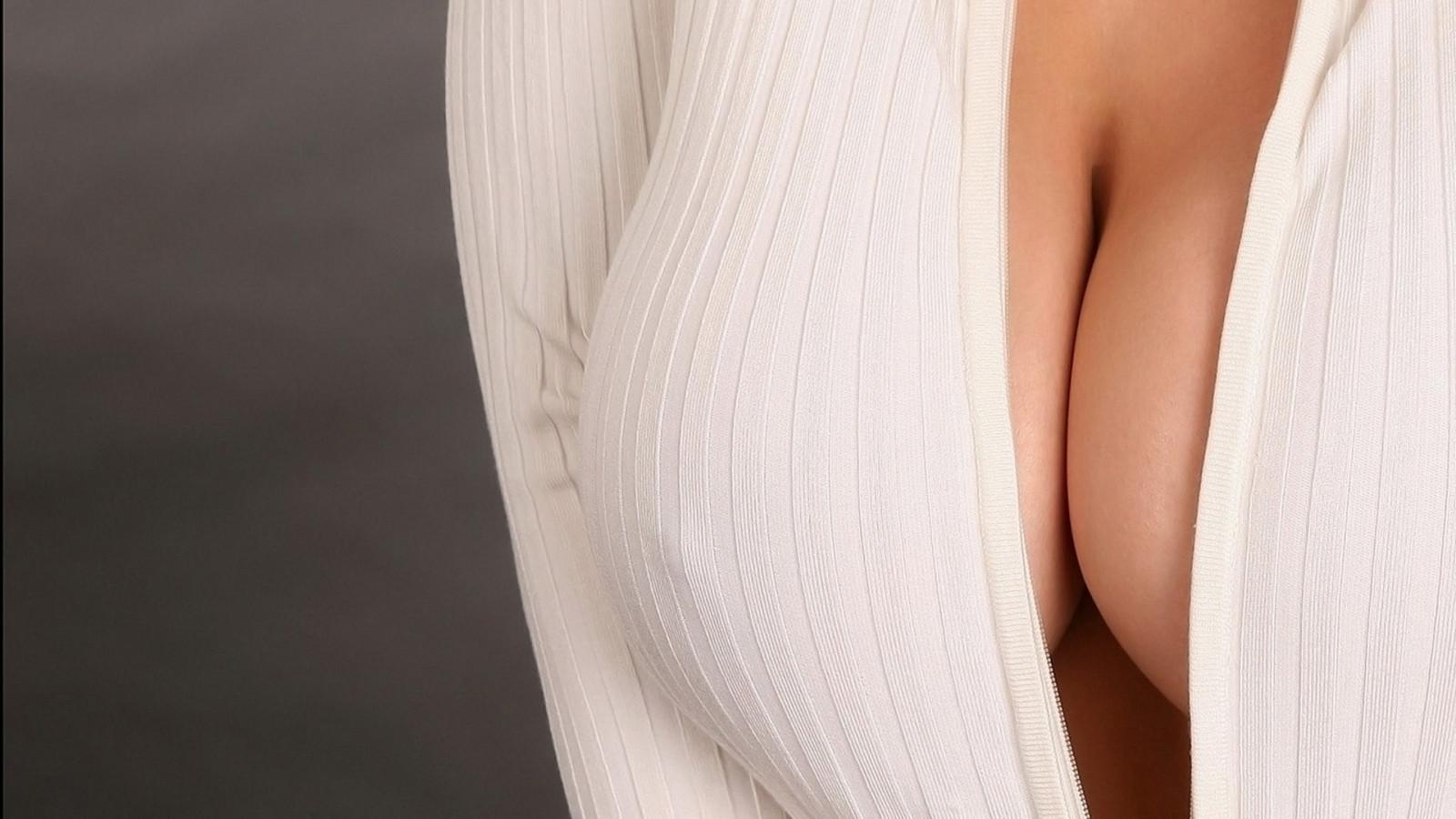 фото женская грудь и соски - 13