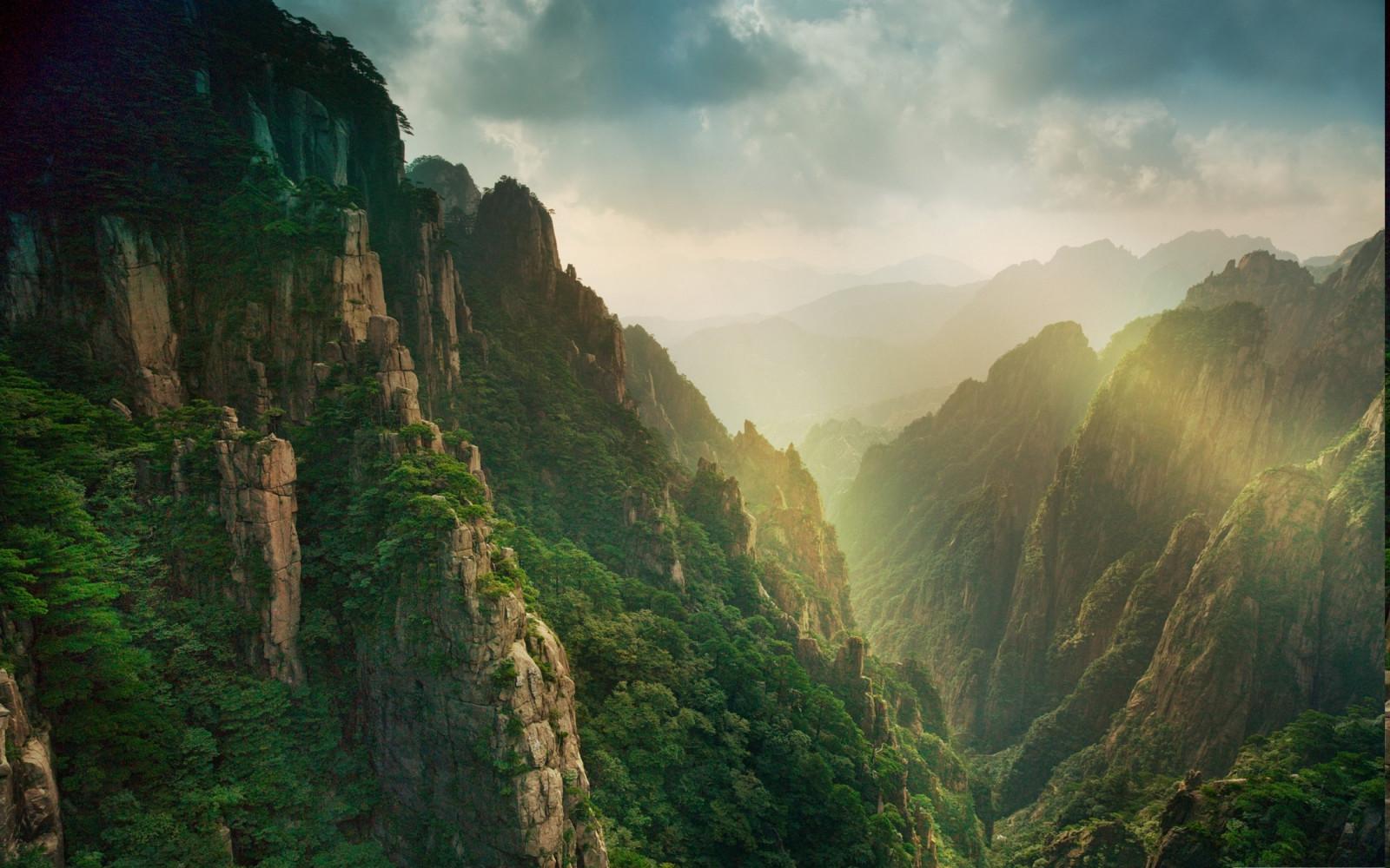 Wallpaper sunlight landscape china rock grass sky clouds sunrise green morning mist - Highland park wallpaper ...