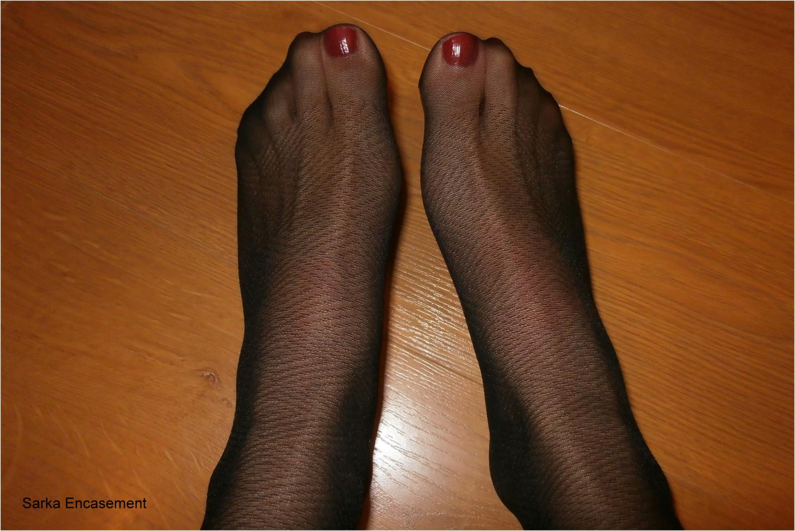 Wallpaper  Black, Legs, Pantyhose, Feet, Tights, Fetish -8022