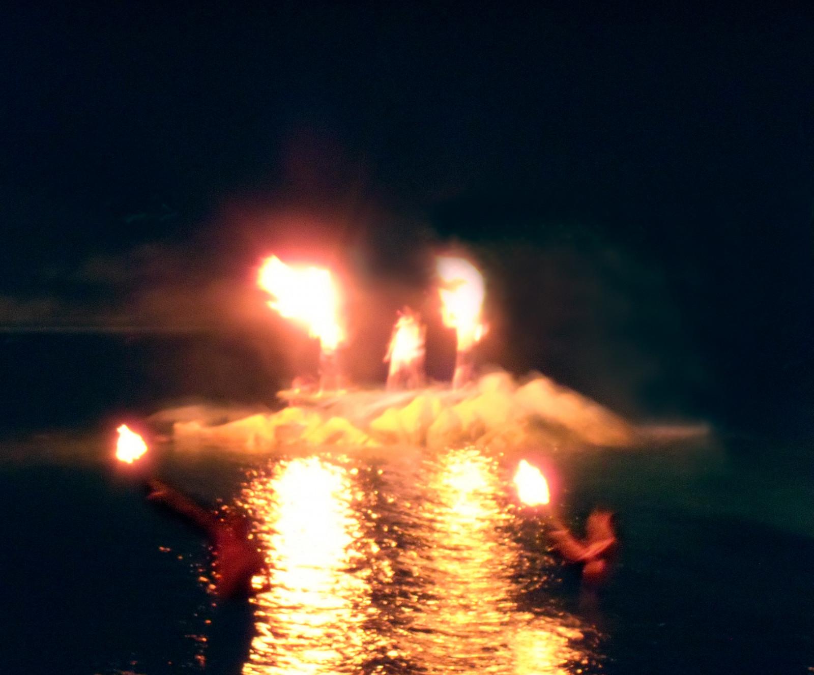 Hintergrundbilder Gewässer Wasser Feuer Hitze Lagerfeuer