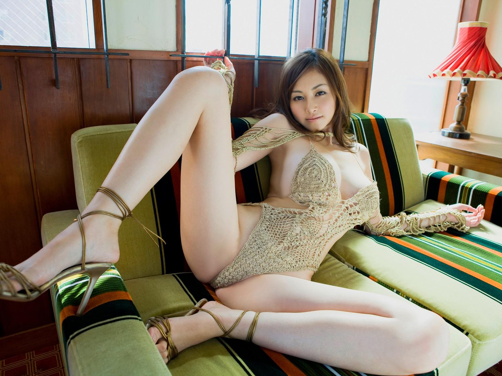 Молодая вьетнамка ебется