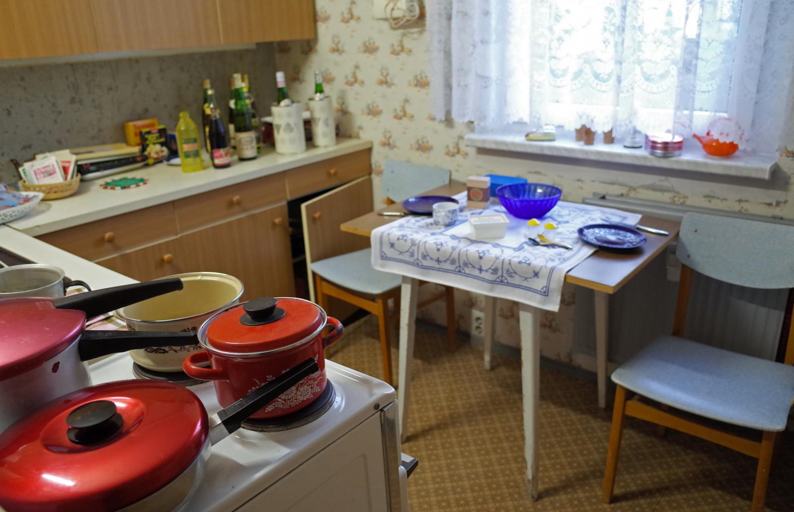 Hintergrundbilder : Zimmer, Tabelle, Küche, Innenarchitektur, Berlin ...