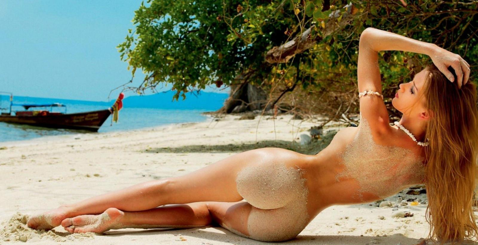 приколы над девушками на пляже любители