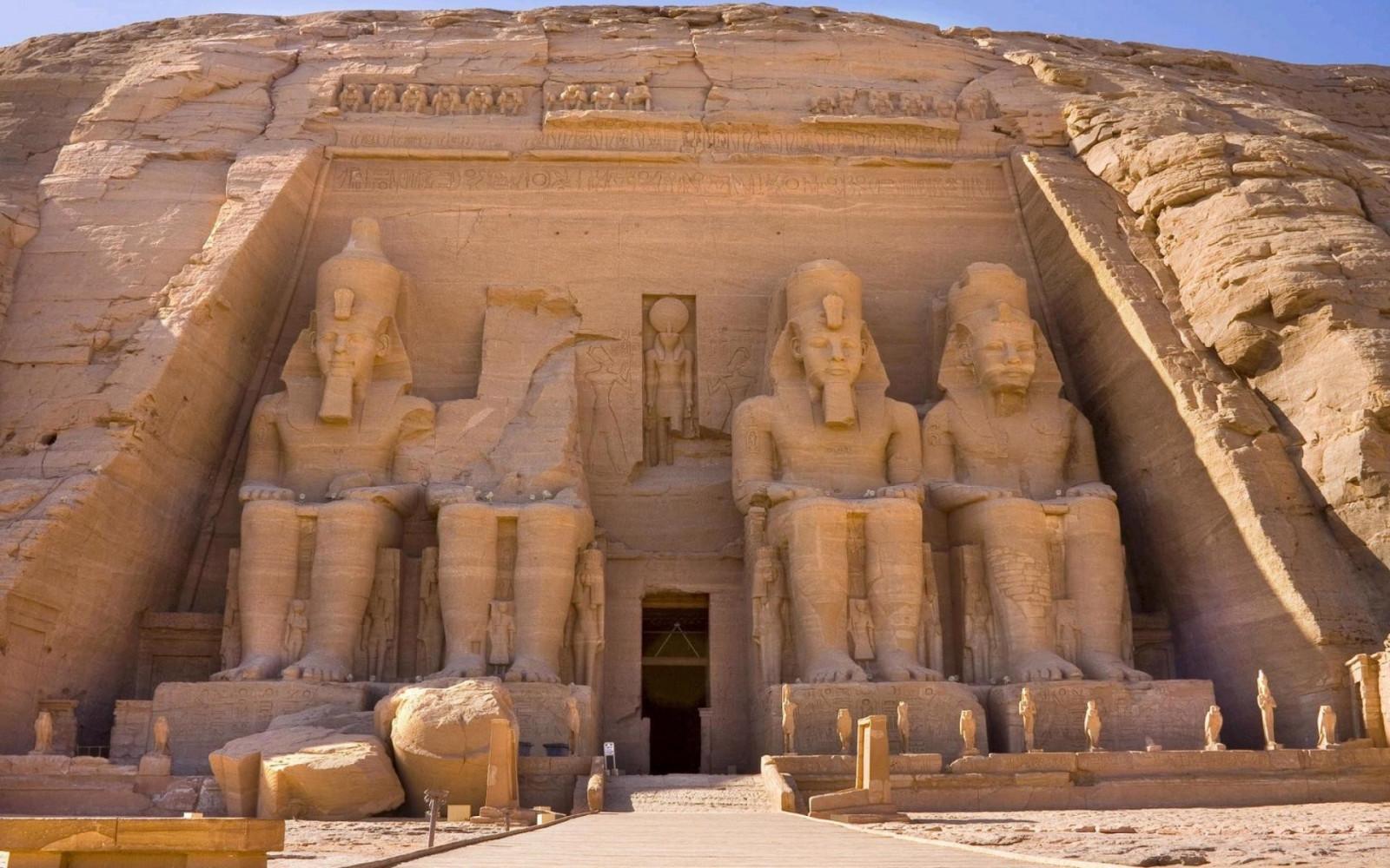 Sfondi antico roccia sabbia costruzione arco for Piano di costruzione dell edificio