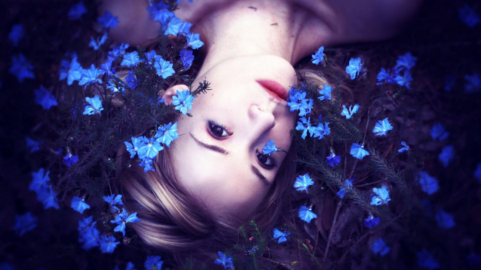 Blue photos of girls