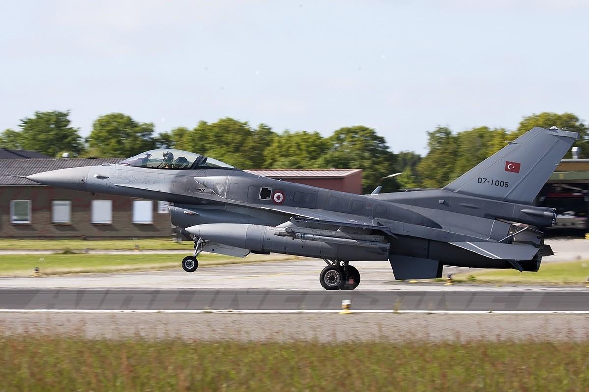 F-16 tuaf ile ilgili görsel sonucu