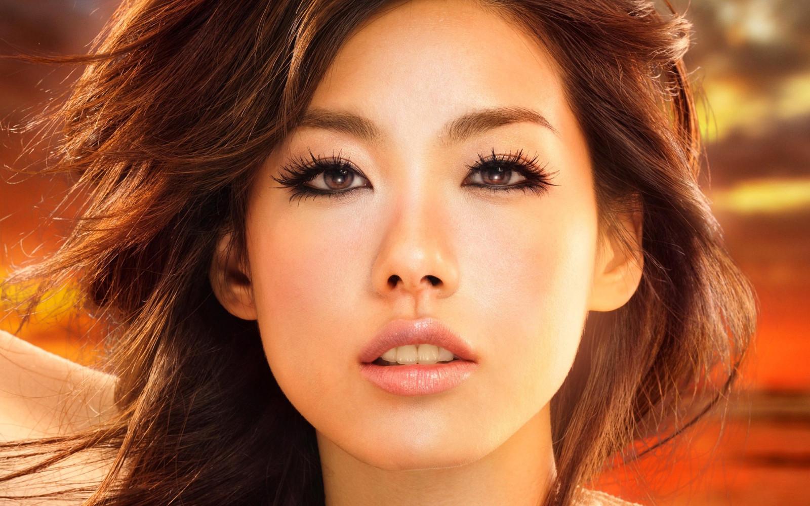 фото азиаток гош родом японского
